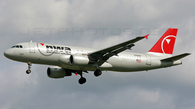 N310NW - Airbus A320-211 - Northwest Airlines