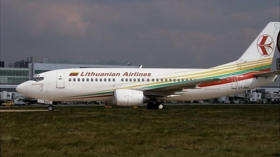 LY-BAG - Boeing 737-382 - Lithuanian Airlines