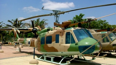 002 - Agusta-Bell AB-205A Huey - Israel - Air Force