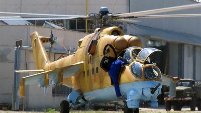 TZ-404 - Mil Mi-24D Hind D - Mali - Air Force