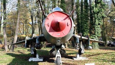 6138 - Sukhoi Su-20 Fitter C - Poland - Air Force