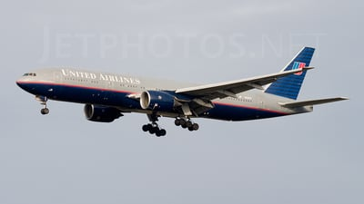 N229UA - Boeing 777-222(ER) - United Airlines