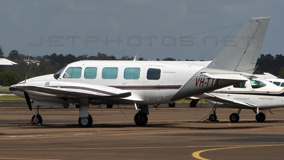A picture of VHTTX - Piper PA31350 - [318152034] - © DaveWilson