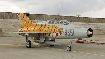 9351 - Mikoyan-Gurevich MiG-21UM Mongol B - Poland - Air Force