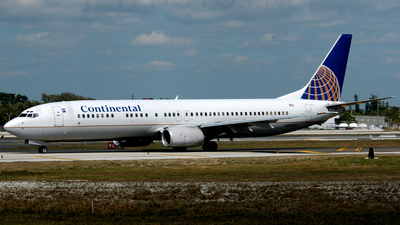 N38403 - Boeing 737-924 - Continental Airlines