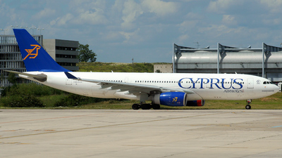 5B-DBS - Airbus A330-243 - Cyprus Airways