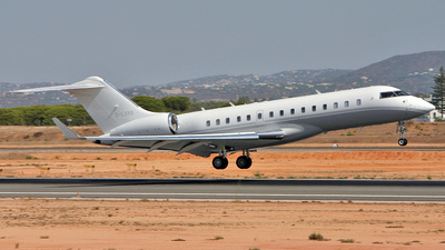 A picture of GLXRS - Bombardier Global Express - [9200] - © Pedro Aragão