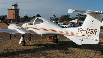 VH-DSR - Diamond DA-42 Twin Star - Private