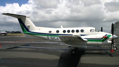 F-GICA - Beechcraft B300 King Air - Snc Noumea Renting
