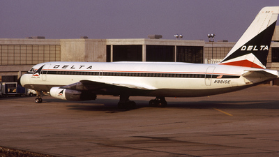 N8810E - Convair CV-880 - Delta Air Lines