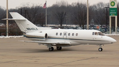 A picture of N840LX -  - [] - © Mike Egan