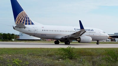 N33714 - Boeing 737-724 - Continental Airlines
