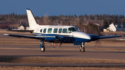 A picture of CGYYJ - Piper PA31350 - SkyLink Express - © Galen Burrows