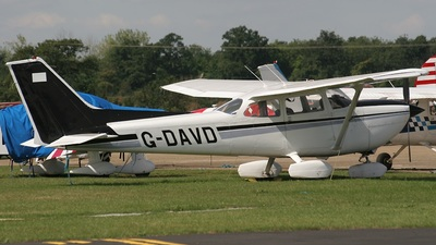 A picture of GDAVD - Cessna FR172K Hawk XP - [0632] - © Neil Pulling