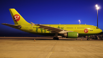 VP-BTK - Airbus A310-204 - S7 Airlines