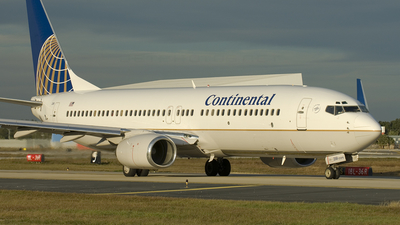 N73259 - Boeing 737-824 - Continental Airlines