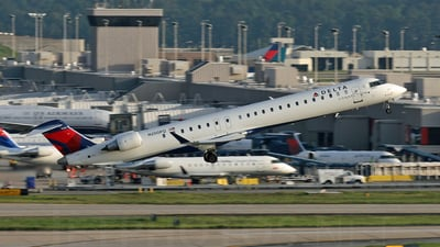 N200PQ - Bombardier CRJ-900LR - Delta Connection (Pinnacle Airlines)