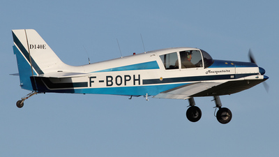 F-BOPH - Jodel D140E Mousquetaire IV - Private