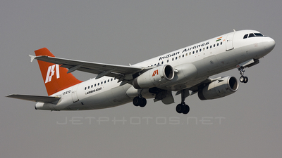 VT-EYD - Airbus A320-231 - Indian Airlines