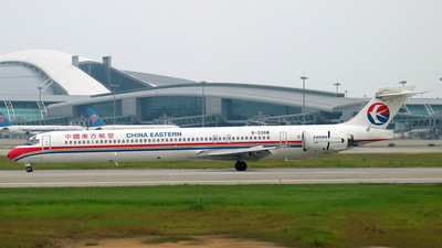 B-2268 - McDonnell Douglas MD-90-30 - China Eastern Airlines