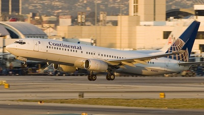 N24202 - Boeing 737-824 - Continental Airlines