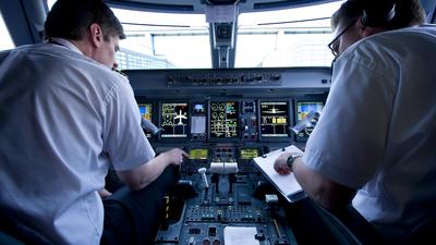 C-FFYJ - Embraer 190-100IGW - Air Canada