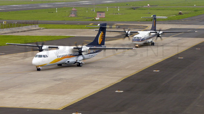 VT-JCM - ATR 72-212A(500) - Jet Airways