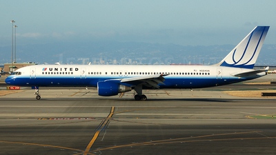 N584UA - Boeing 757-222 - United Airlines