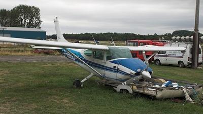 G-BBGX - Cessna 182P Skylane - Private