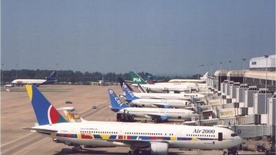 G-OOAN - Boeing 767-39H(ER) - Air 2000