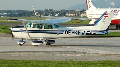 OE-KFW - Cessna 172P Skyhawk II - Private