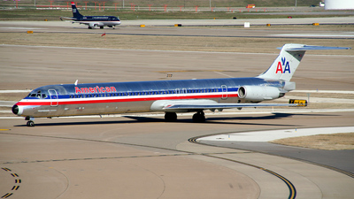 N448AA - McDonnell Douglas MD-82 - American Airlines