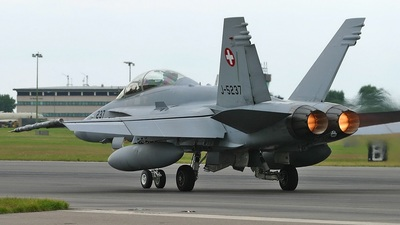J-5237 - McDonnell Douglas F/A-18D Hornet - Switzerland - Air Force