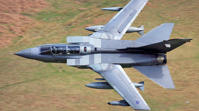 ZA597 - Panavia Tornado GR.4 - United Kingdom - Royal Air Force (RAF)