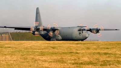 XV290 - Lockheed Hercules C.3 - United Kingdom - Royal Air Force (RAF)