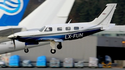 LX-FUN - Piper PA-46-500TP Malibu Meridian - Private
