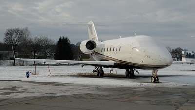 N121ET - Bombardier CL-600-2B16 Challenger 604 - Private