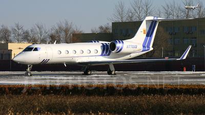 A picture of N770XB - Gulfstream G450 - [4117] - © wangpaul