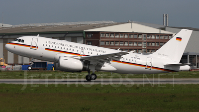 D-AVWO - Airbus A319-133X(CJ) - Germany - Air Force