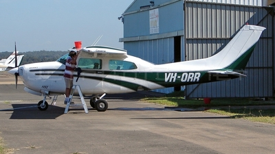 A picture of VHORR - Cessna 210N Centurion - [21063538] - © DaveWilson