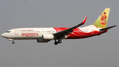VT-AYD - Boeing 737-8HG - Air India Express