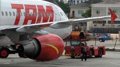 PR-MHB - Airbus A320-214 - TAM Linhas Aéreas