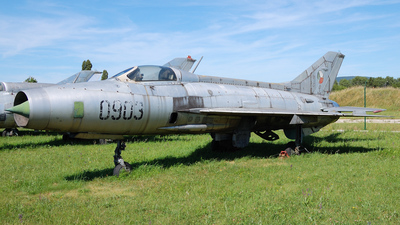 0903 - Mikoyan-Gurevich MiG-21F-13 Fishbed C - Czechoslovakia - Air Force