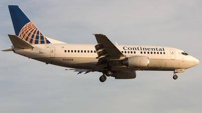 N33608 - Boeing 737-524 - Continental Airlines