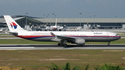 9M-MKJ - Airbus A330-322 - Malaysia Airlines
