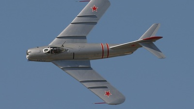 N217SH - Mikoyan-Gurevich MiG-17 Fresco - Jet Fighters