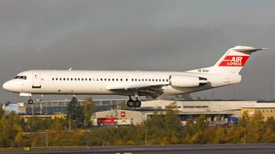 SE-DUU - Fokker 100 - Air Express Sweden