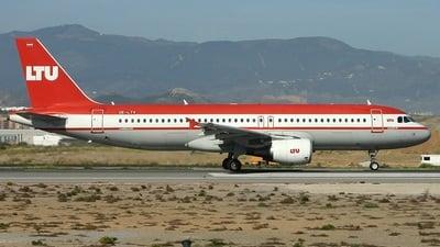 OE-LTV - Airbus A320-214 - LTU