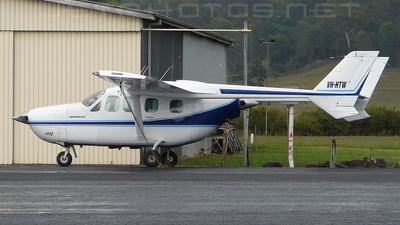 VH-HTW - Cessna T337G Super Skymaster - Private