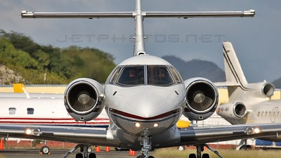 N803TA - Raytheon Hawker 800XP - Private